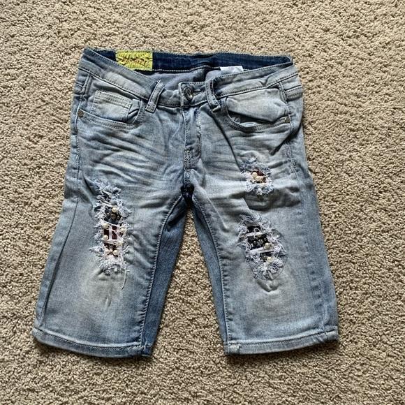 Machine jean shorts
